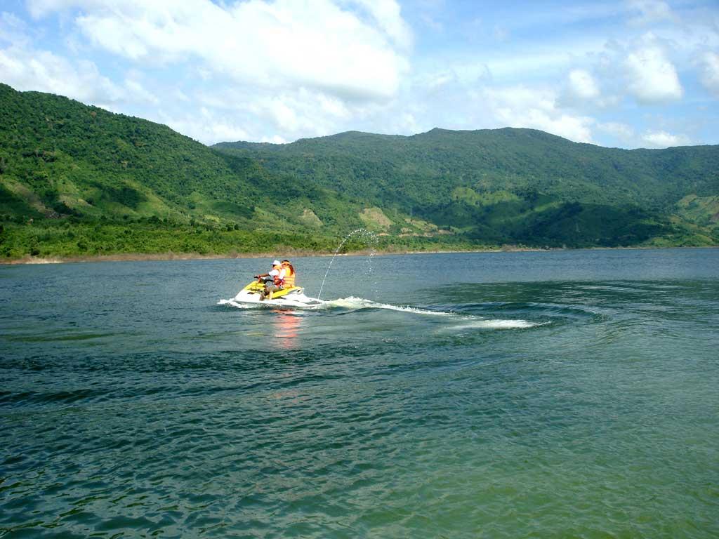 Đầu tư khu du lịch sinh thái Định Bình