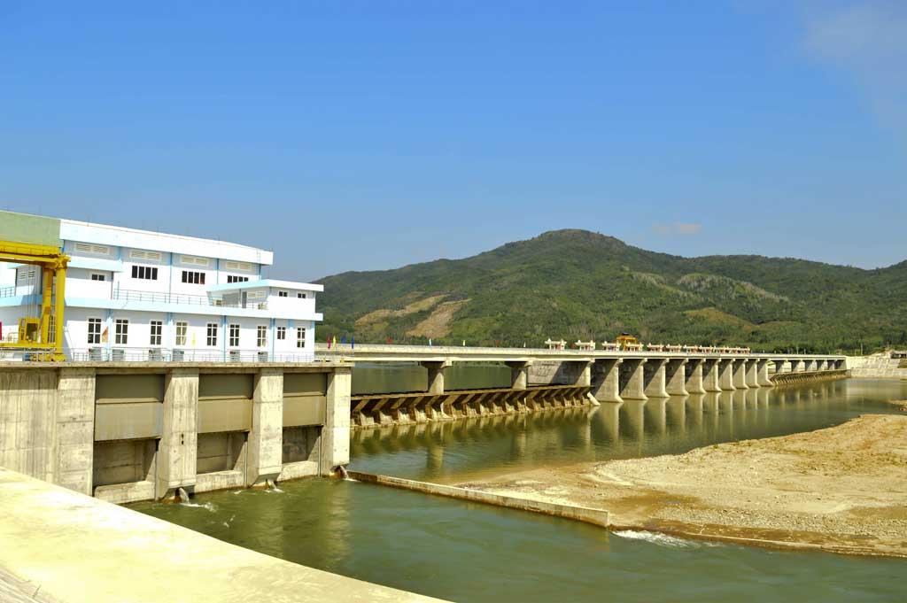 Góp vốn đầu tư Nhà máy thủy điện Văn Phong