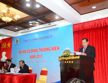 Ông Lương Đăng Hào – Trưởng Ban kiểm soát công ty báo cáo tại đại hội
