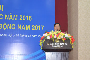 Ông Dương Minh Quang – Tổng Giám đốc công ty Báo cáo kết quả hoạt động SXKD năm 2016 và Phương hướng, kế hoạch sản xuất năm 2017