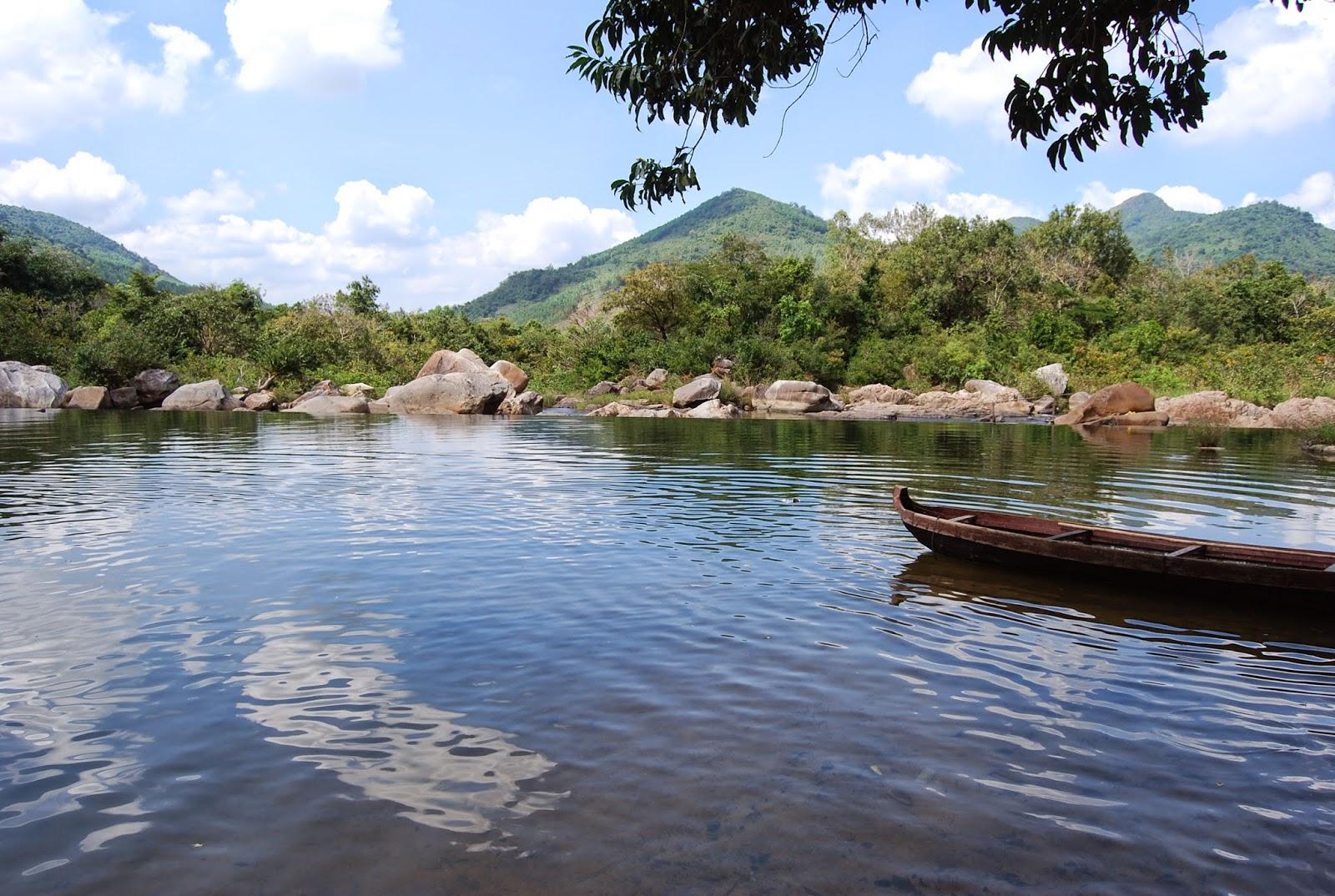 Đầu tư xây dựng khu du lịch sinh thái Hầm Hô