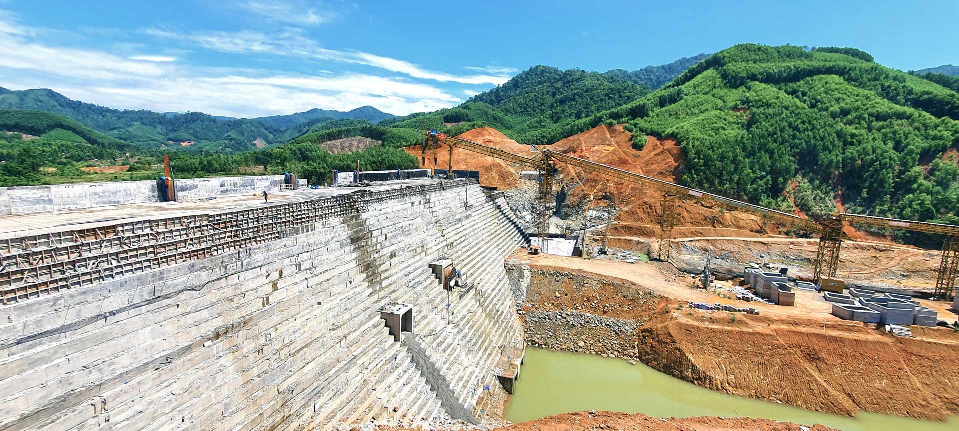 Chùm ảnh Công trình hồ chức nước Đồng Mít (tháng 05/2020)
