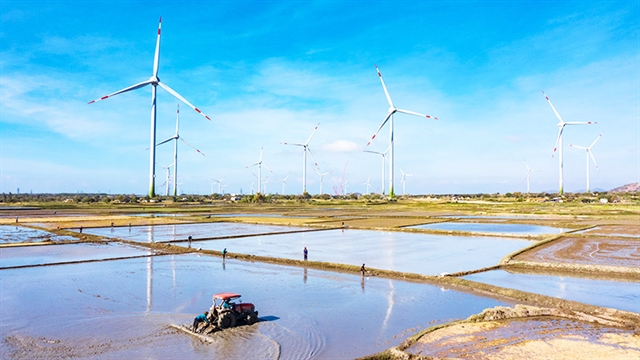 Wind power sector attractive to investors, construction firms
